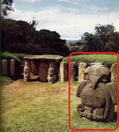 Camara funerario con el dios solar COLOMBIA.jpg