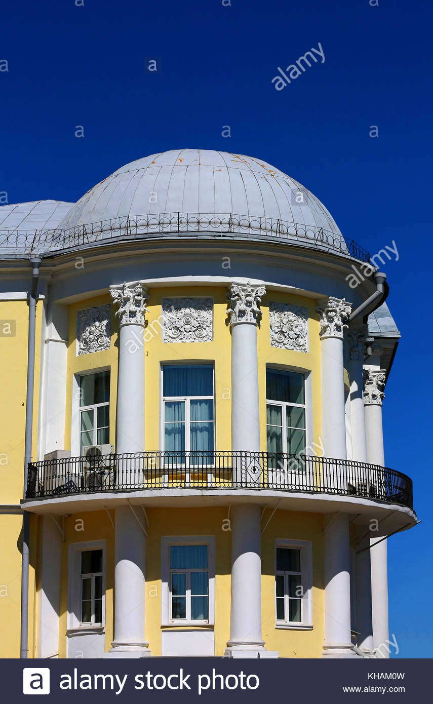 house-built-in-the-classical-style-with-columns-balconies-and-dome-KHAM0W.jpg
